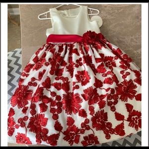 NWT Beautiful glam dress for young girl 👧🏻 ❤️ 👗
